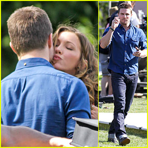 Stephen Amell: Kiss From Katie Cassidy on 'Arrow' Set!