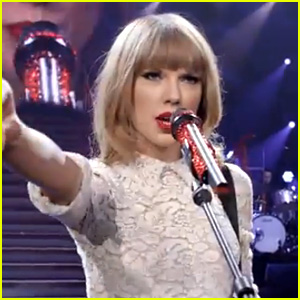 Taylor Swift: 'Red' Music Video - Watch Now!