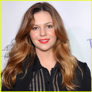 Amber Tamblyn Joins 'Two & A Half Men' as Charlie's Daughter!