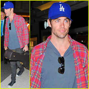 Chris Pine: Guitar Carrying LAX Arrival