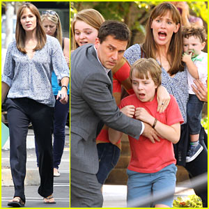 Jennifer Garner & Steve Carell: Family Freakout for 'Alexander'!