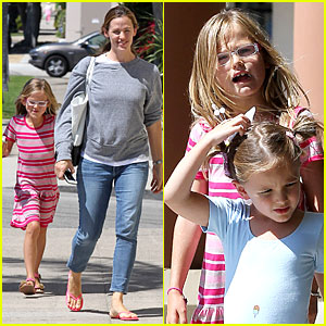 Jennifer Garner & Violet Start Week with Errands!