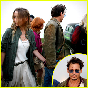 Johnny Depp & Amber Heard Hold Hands at 'Cry-Baby' Reunion