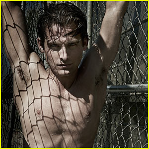 kevin zegers shirtless for flaunt magazine�s dye issue