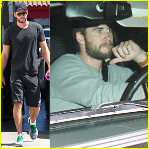 Liam Hemsworth: Jean-Claude Van Damme Kicked My Butt!