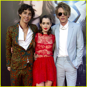 Lily Collins & Jamie Campbell Bower: 'Mortal Instruments' Madrid Premiere!