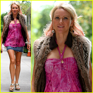 Naomi Watts Matches Her Pink Hair to Her Top on Movie Set