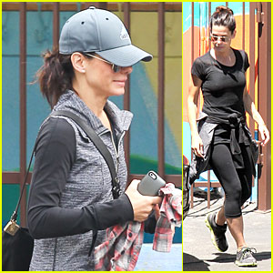 Sandra Bullock Wraps Week with School!