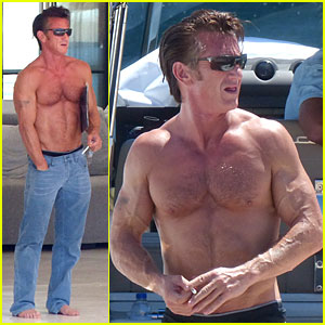 Sean Penn: Shirtless & Ripped on Ibiza Vacation!