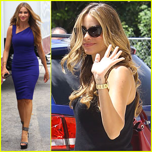 Sofia Vergara Films 'Chef' in Miami