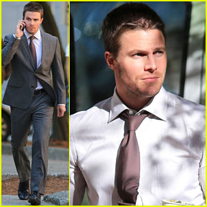 Stephen Amell Reveals Most Important Part of 'Arrow' Season 2!