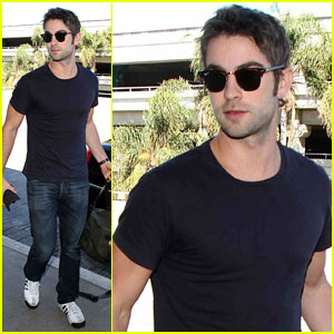 Chace Crawford: Low-Key LAX Arrival