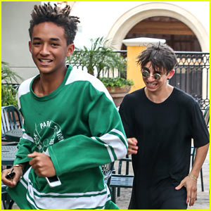 Jaden Smith & Moises Arias Sprint for Their Sushi!
