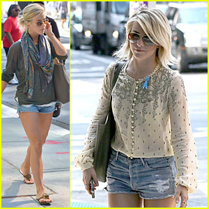 Julianne Hough Wears Blue Ribbon For New York Outing!