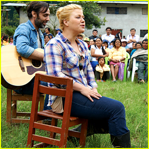 Kelly Clarkson Puts Pause on Wedding Planning to Visit Peru