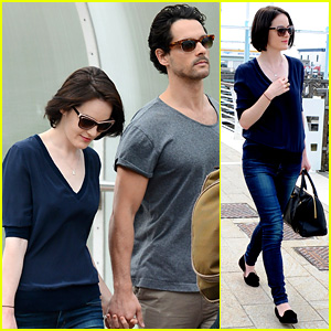 Michelle Dockery & John Dineen Hold Hands at Venice Airport