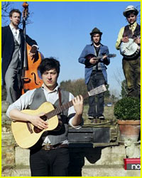 Mumford & Sons Kicked Out of Atlanta Strip Club: Report