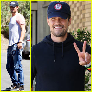 New Dad Josh Duhamel All Smiles After Baby Axl's Birth!