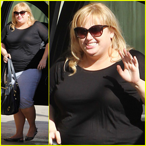 Rebel Wilson Promotes 'Super Fun Night' on 'Jimmy Kimmel Live!'