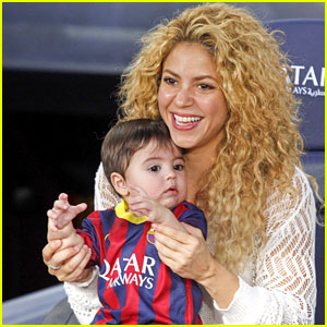 Shakira Baby Bump On The Voice