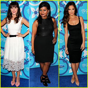 Zooey Deschanel & Mindy Kaling: Fox Fall Eco-Casino Party!