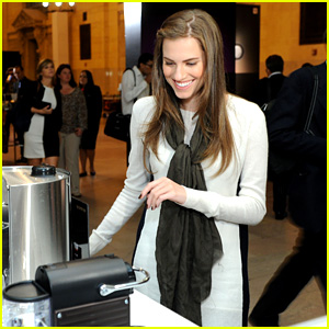 Allison Williams Tests Out Nespresso in Grand Central Terminal