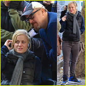 Amy Poehler & Louis CK Team Up on 'Broad City' Set!
