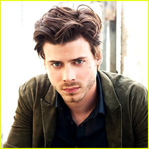 Francois Arnaud Approached for 'Fifty Shades of Grey' (Exclusive)