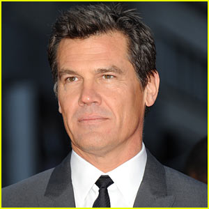 Josh Brolin Eyeing 'Jurassic World' Role?