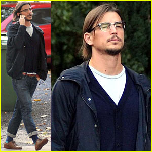 Josh Hartnett Explores Dublin During 'Penny Dreadful' Break!