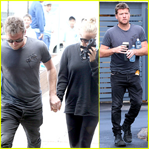 Sam Worthington Holds Hands with Lara Bingle at the Gym