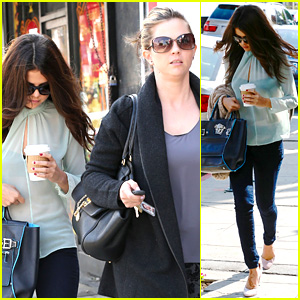 Selena Gomez Grabs Coffee with Mom Mandy