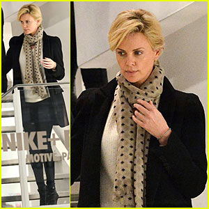 Charlize Theron: Colette Store Shopper in Paris!
