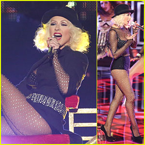 Christina Aguilera: 'How I Feel' on 'The Voice' - Watch Now!