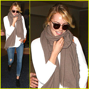 Emma Stone Lands in LAX Airport After Quiet Few Months!