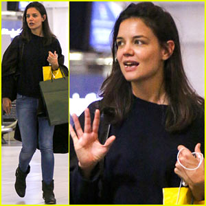 Katie Holmes: Back in South Africa for More 'Giver' Filming!