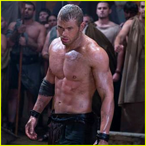 Kellan Lutz Bares Hot Shirtless Bod for New 'Hercules' Trailer