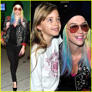 Ke$ha Returns Home with Colorful Hair After amFAR India Gala