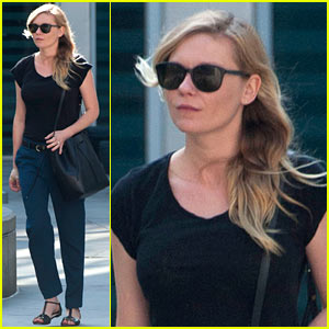 Kirsten Dunst Continues Wearing Bandage on her Hand