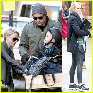 Naomi Watts Straps in Boys for Bike Ride with Liev Schreiber!