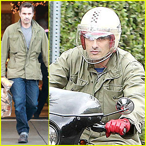 Olivier Martinez: Friday Grocery Run at Bristol Farms!
