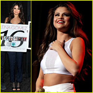 Selena Gomez: Platinum Plaque Before Los Angeles Concert!