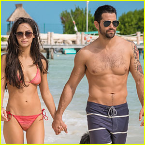 Shirtless Jesse Metcalfe & Bikini-Clad Cara Santana Hold Hands on Cancun Vacation!