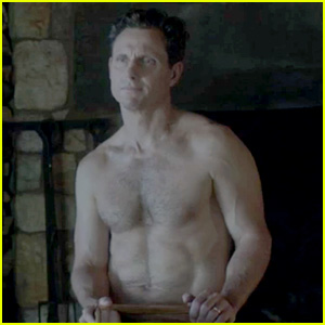 Scandal's Not On Tonight - Enjoy Shirtless Tony Goldwyn Pics Instead!