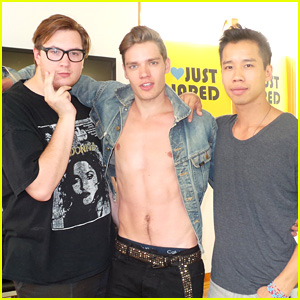 Dominic Sherwood: JJ Spotlight of the Week (Behind the Scenes Pics)