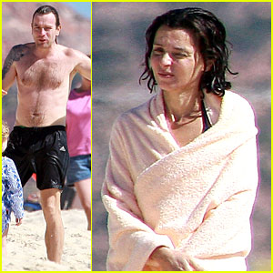 Ewan McGregor: Shirtless Holiday Vacation with Eve Mavrakis!