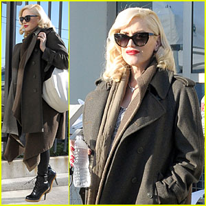 Gwen Stefani Hides Baby Bump with Wool Coat!