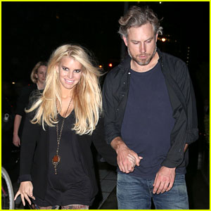 Jessica Simpson: I Look at All Moms as Superheroes!
