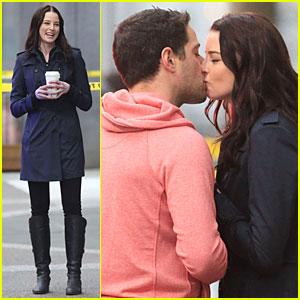 Rachel Nichols Kisses Mike Kershaw on 'Continuum' Set ... Victor Webster Continuum