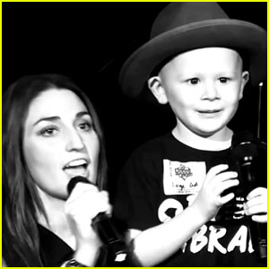 Sara Bareilles Sings 'Brave' with 4-Year-Old Cancer Patient (Video)